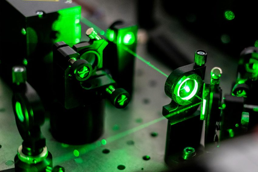Electric circuit ionization with laser - Photonics | Synopsys